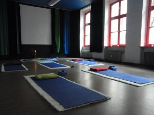 Yoga in English, Kreuzberg Berlin